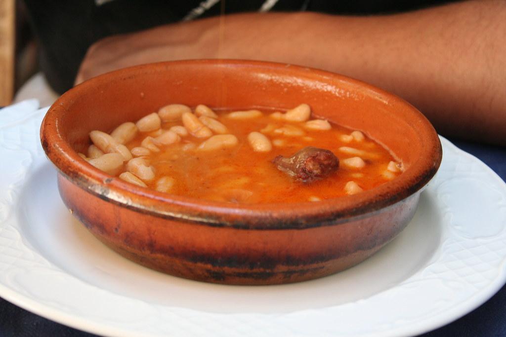 fabada-asturias-comida-platos-tipicos-españa