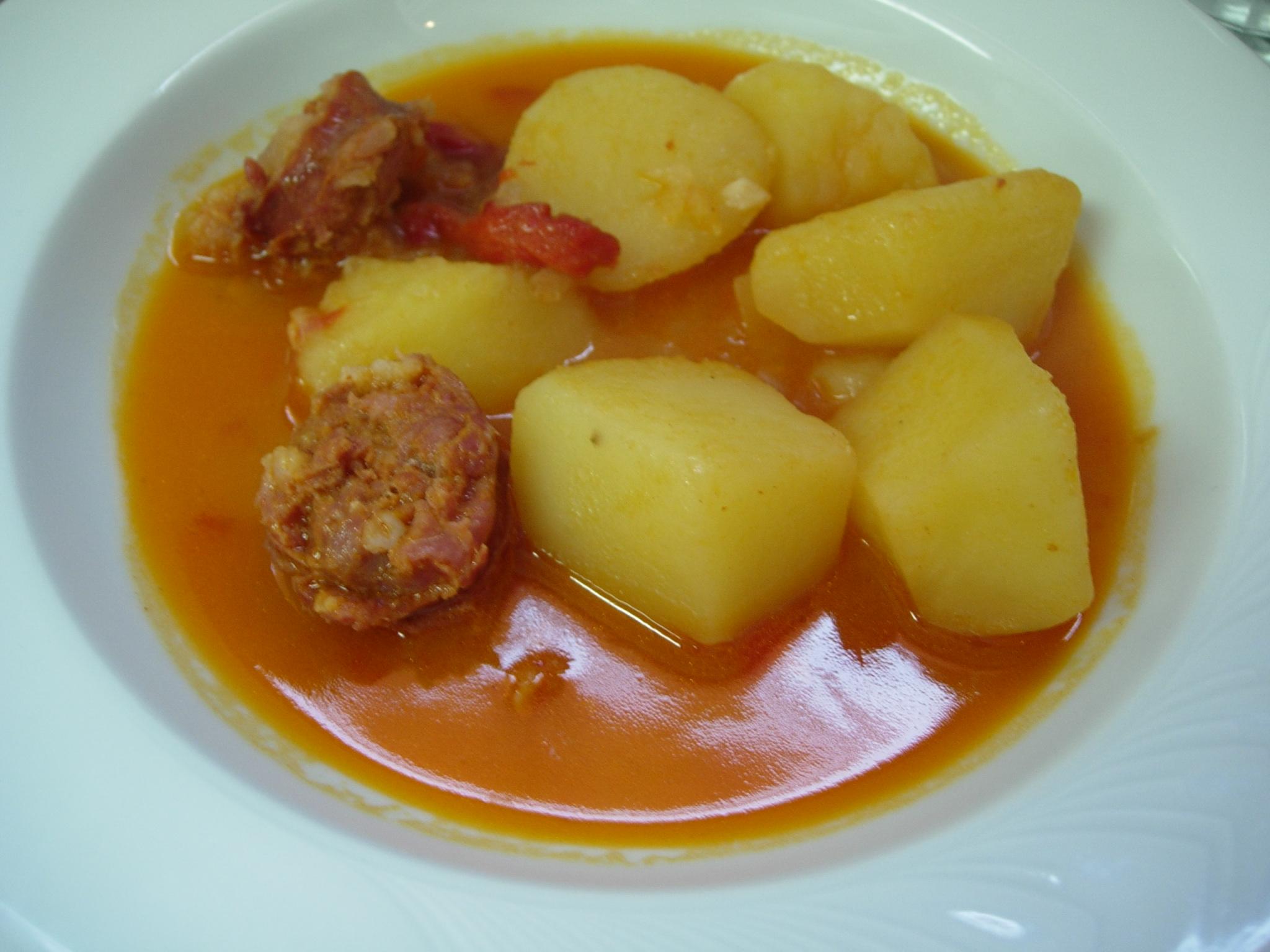 patatas-a-la-riojana-la-rioja-comida-platos